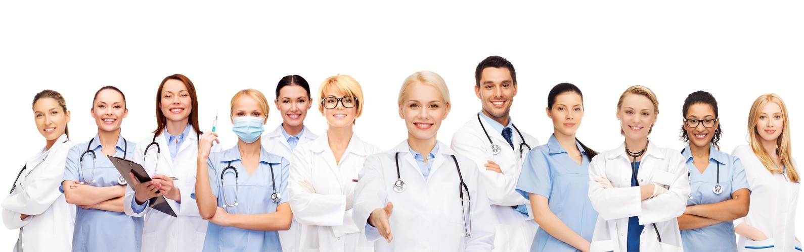 Medical Beauty Pigmentierung und der Arzt - plastischer Chirurg | im Team mit KroMED